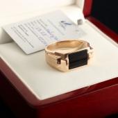 Золотой перстень с черным ониксом