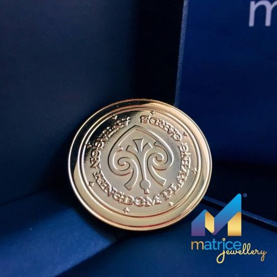 Золотая  монета с логотипом