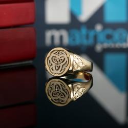 Перстень с кельтскими символами