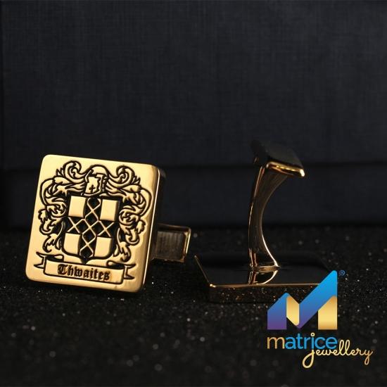 Золотые запонки с гербом