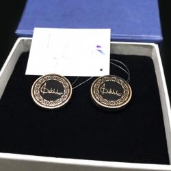 Золотые запонки с подписью